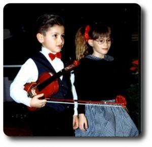 Catalano Fabrizio suona il violino